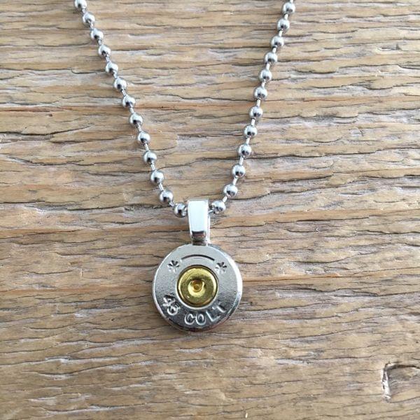 Halskette mit Kaliber .45 Colt Patrone